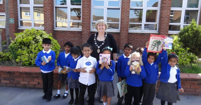 Sep Winner SI Swindon and District! For International Literacy Day SI Swindon and District donated two boxes of new books to Drove Primary School for their library.