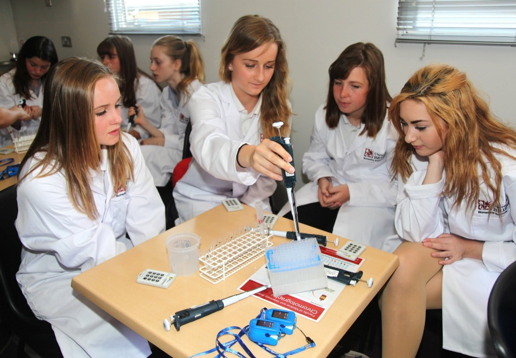 Soroptimists engaging young girls in STEM subjects