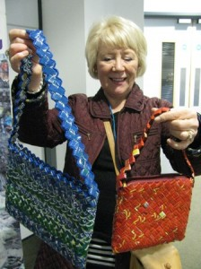 President Lynne buying a bag made from ring pulls
