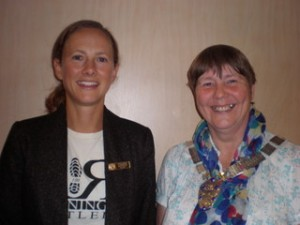Left to Right: Susie Stephen and President Dorothy Thomson