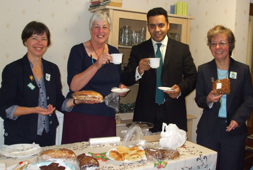 Kate, Sue & President Margaret with Shahid Malik