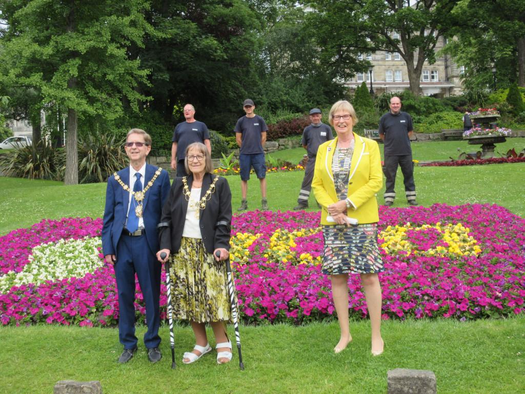 President Sandra with Mayor and Mayoress and Gardeners
