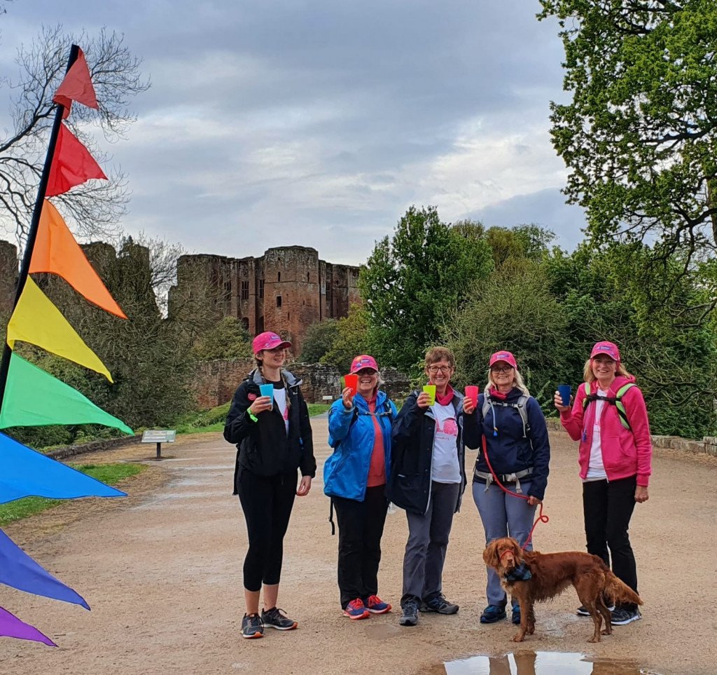 5 women and a dog finish Moonwalk
