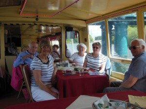 Cake Decorating Company Colwick : Trent River Cruise SI Mansfield and District