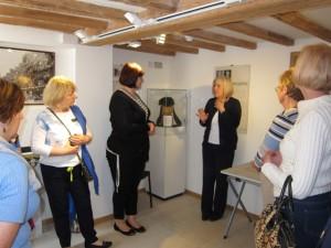 06-Judy Queen Victoria hat John Lewis Heritage CentreWeb