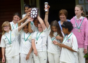 17-Cricket-Abbots-Watford-GirlsU13web