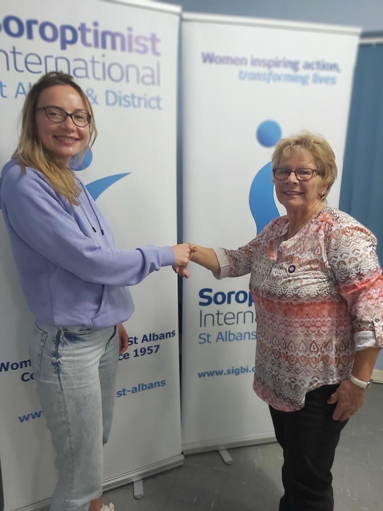 SI St Albans Barbara Saunders welcomes Maria Podrajanskaya